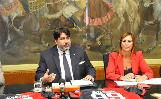 La conferenza stampa (foto Regione Sardegna)