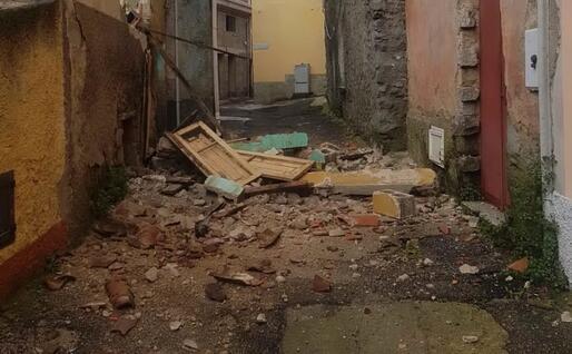 I danni a Bono (foto di un lettore)
