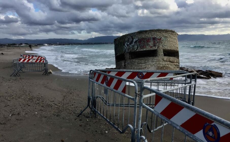il bunker transennato (foto andrea piras)