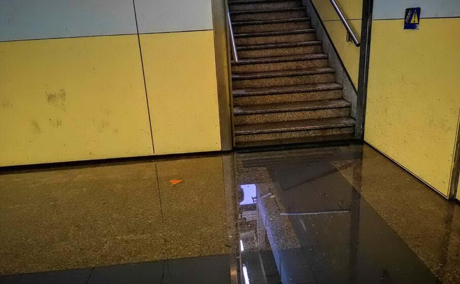 la stazione ferroviaria di oristano (foto elia sanna)