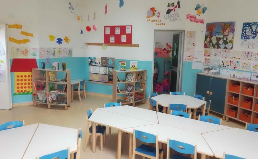 nuovi arredi alla scuola materna (foto antonella pani)