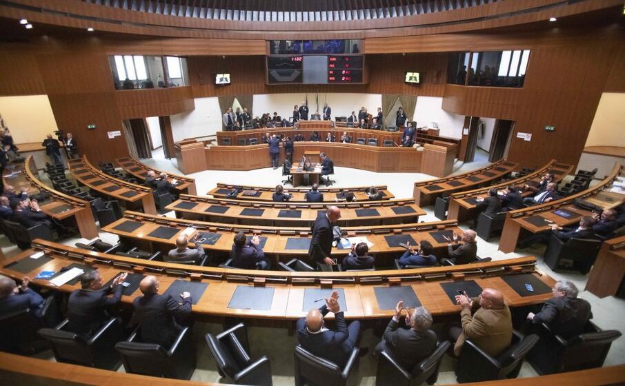 un immagine dell aula del consiglio regionale (archivio l unione sarda)
