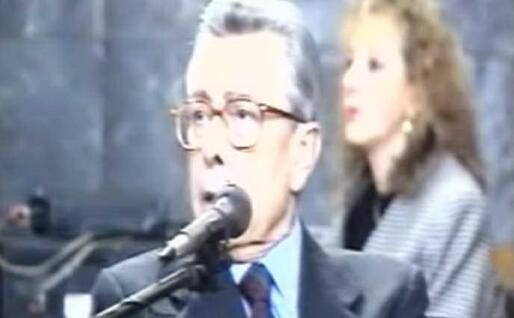 Arnaldo Forlani durante il dibattimento (Frame Rai Tre)