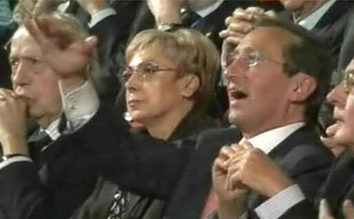 """Quando chiese polemicamente """"Che fai, mi cacci?"""" a Berlusconi (Ansa)"""