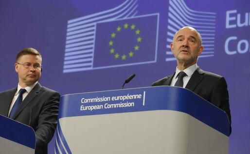Valdis Dombrovskis e Pierre Moscovici (Ansa)