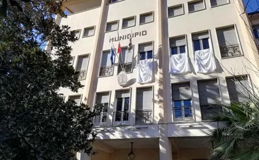 il municipio di ozieri (foto concessa dall amministrazione comunale)