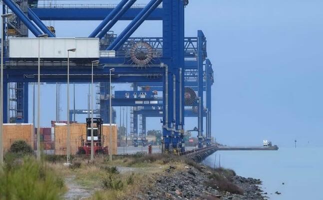 il porto canale (foto l unione sarda ungari)
