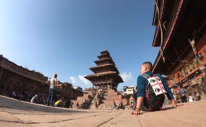 giovanni azara da santa teresa di gallura in un viaggio zaino in spalla in nepal questo scatto arriva dalla localit di bhaktapur