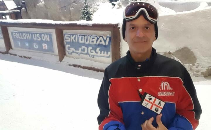 il cagliaritano marcello pani sugli sci a dubai