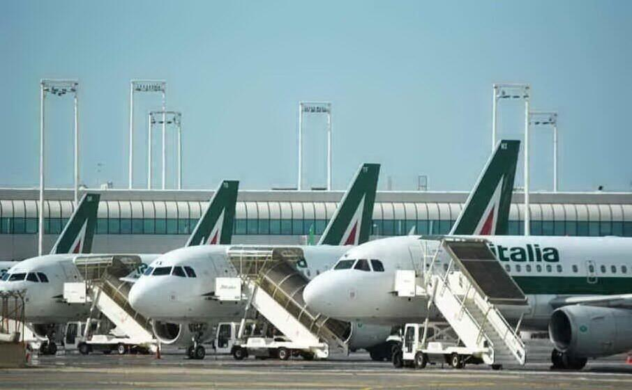Stop aerei, Alitalia cancella 137 voli
