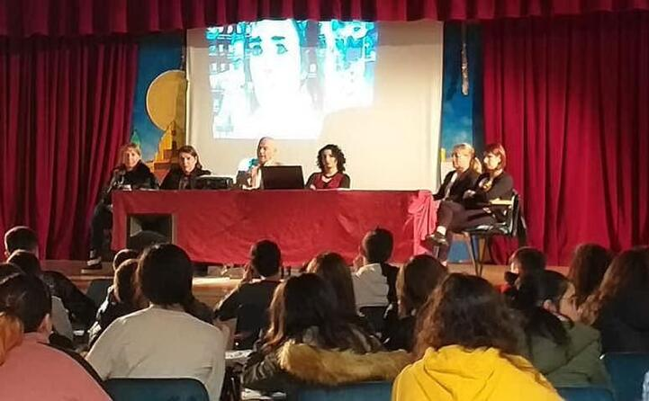 la scuola ha organizzato anche il convegno 70 anni di diritti umani (foto margherita sulas)
