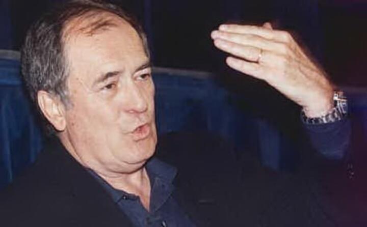 il celebre regista italiano muore a roma all et di 77 anni