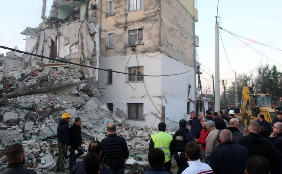 Terremoto in Albania: sale a sette il bilancio delle vittime