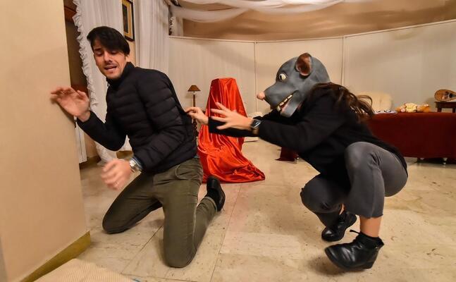 una scena dello spettacolo (foto l canu ufficio stampa)