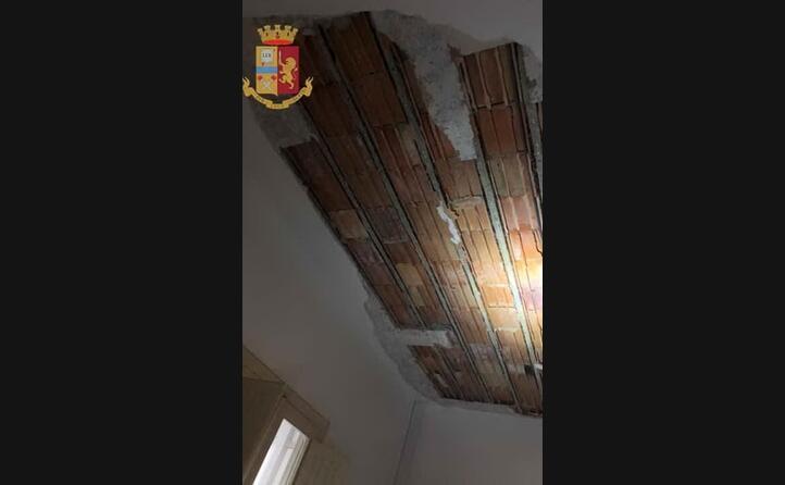 il soffitto dopo il crollo