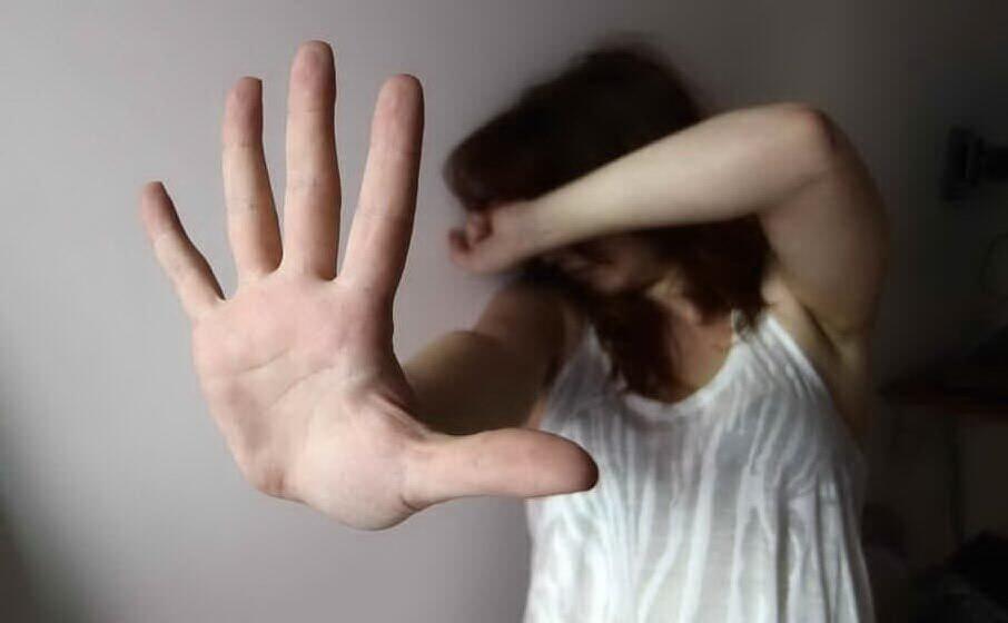 violenza sulle donne (archivio l unione sarda)