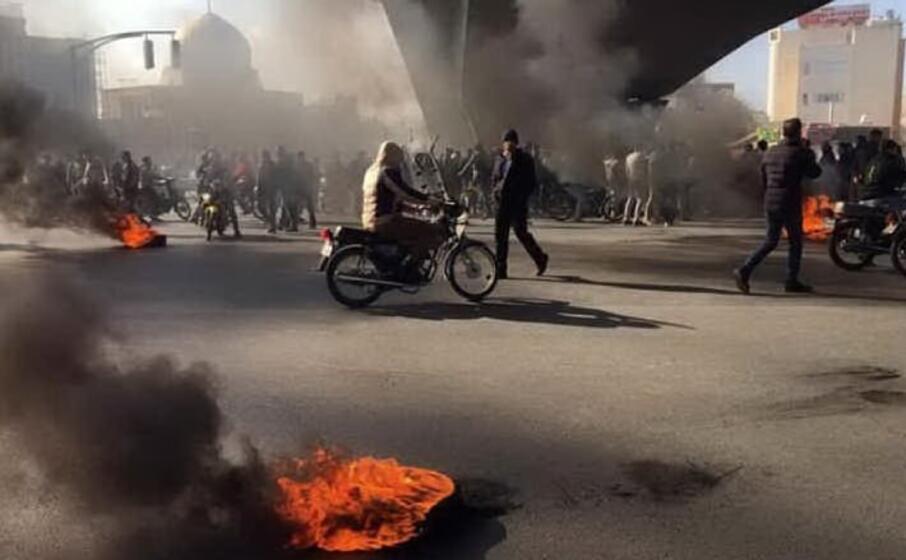 proteste in iran (archivio l unione sarda)