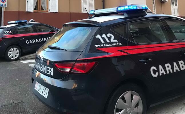 i carabinieri intervenuti sul posto (foto matteo vercelli)