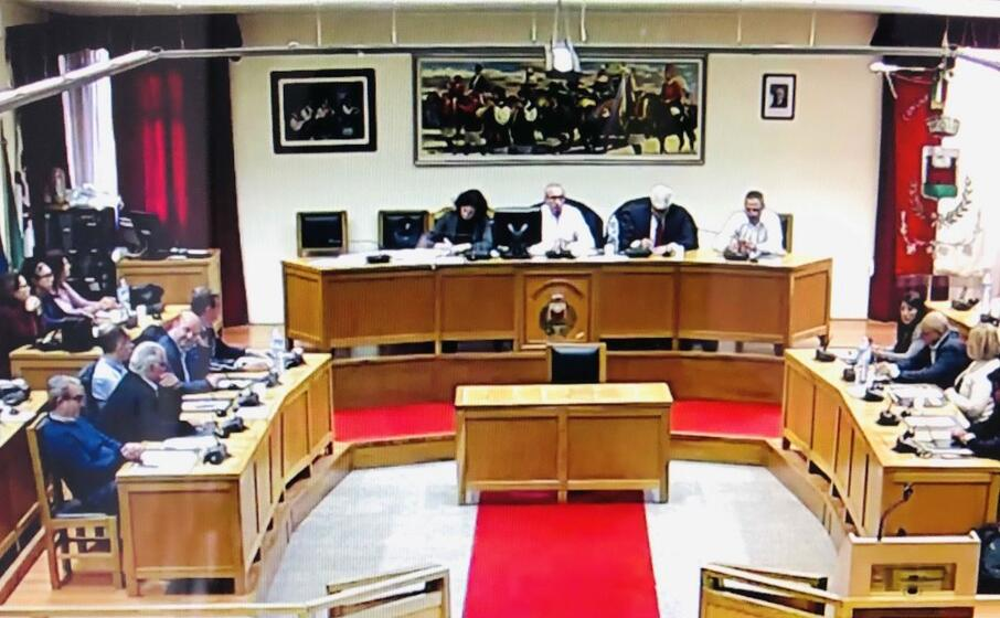 il consiglio comunale di questa mattina dove stato eletto presidente stefano piano (foto murgana)