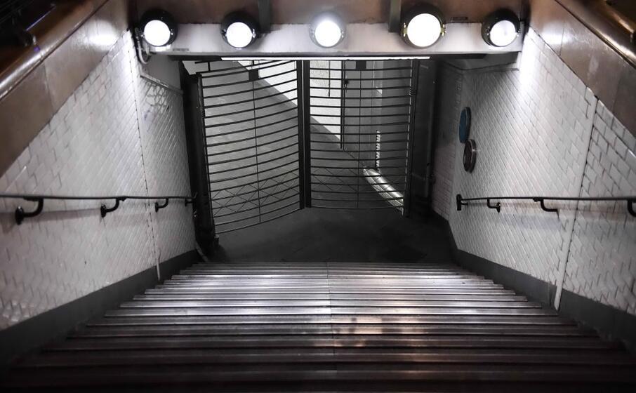 molte linee della metropolitana sono state chiuse