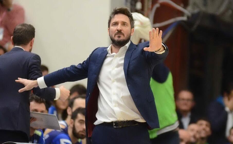 coach pozzecco (archivio l unione sarda calvi)