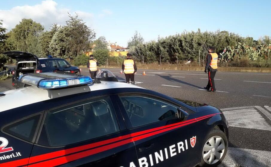 controlli dei carabinieri della compagnia di isili (foto antonio pintori)