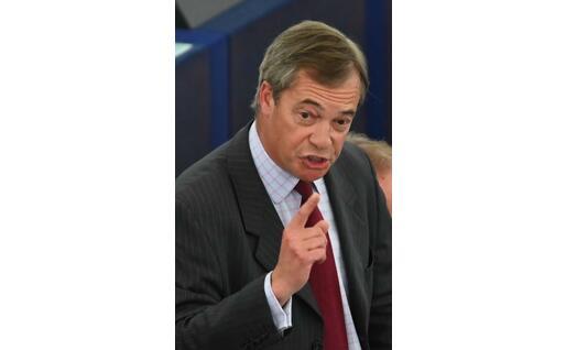 L'intervento di Nigel Farage (Ansa)