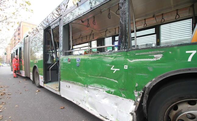il filobus della linea 90 (ansa)