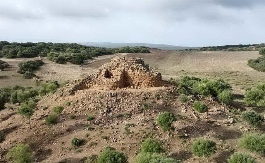 nuraghe sirai (archivio l unione sarda foto scano)