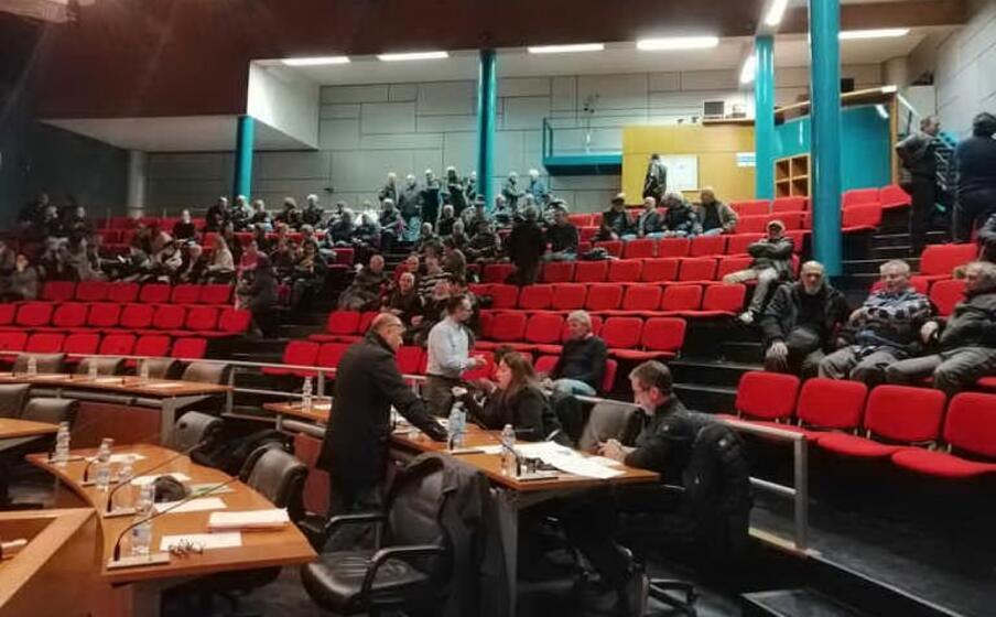 cittadini in aula (foto lorenzo ena)