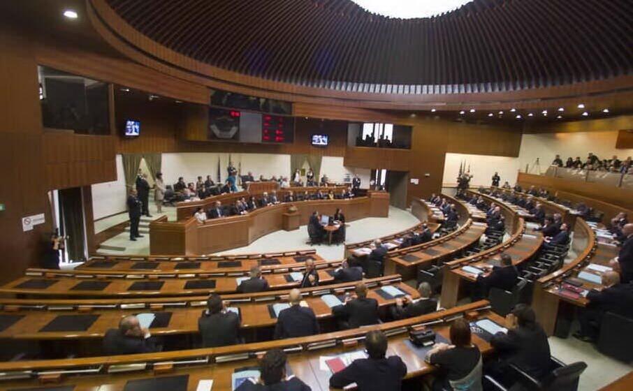 il consiglio regionale (archivio unione sarda)