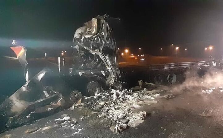 l operaio alla guida del camion lavori rimasto ferito