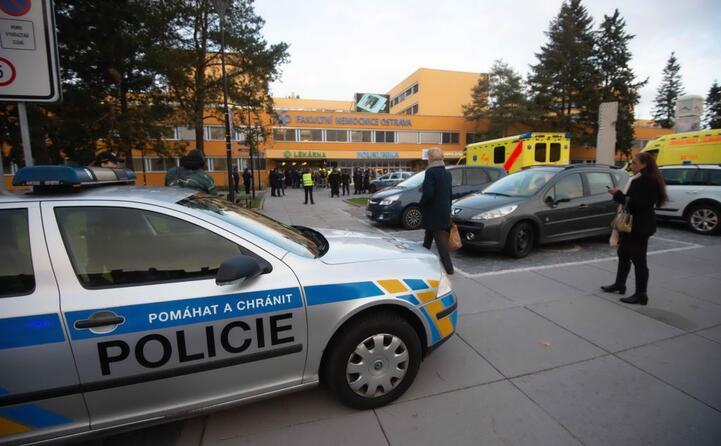 repubblica ceca sparatoria in ospedale