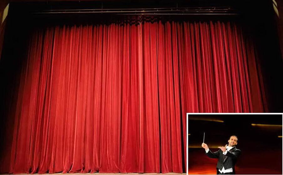 un teatro (foto pixabay) e nel riquadro leonardo sini (foto circolo logudoro )