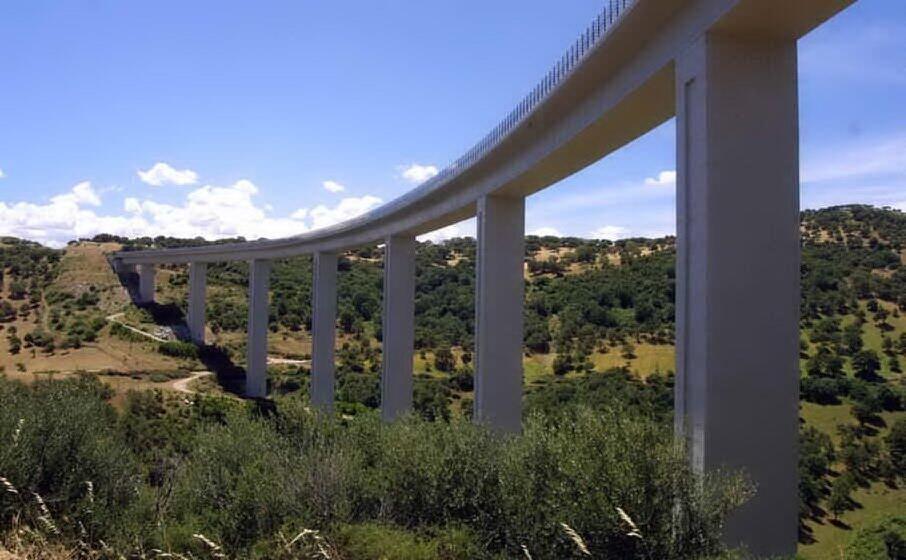 un viadotto sulla nuoro lanusei (archivio l unione sarda)