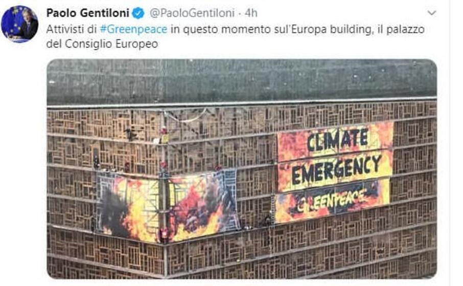 il tweet del commissario europeo per l economia