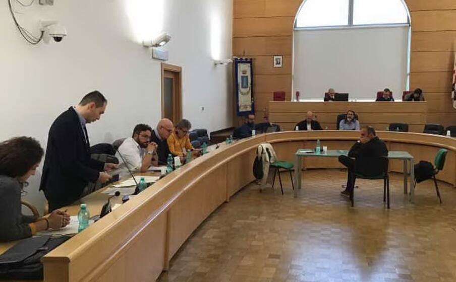 il voto in aula (foto pala)