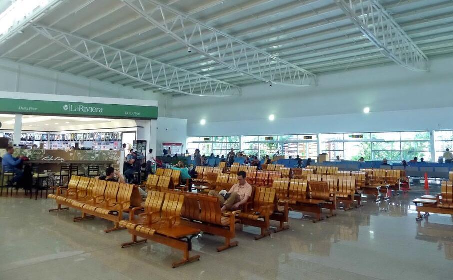 l aeroporto di cartagena (foto wikipedia)