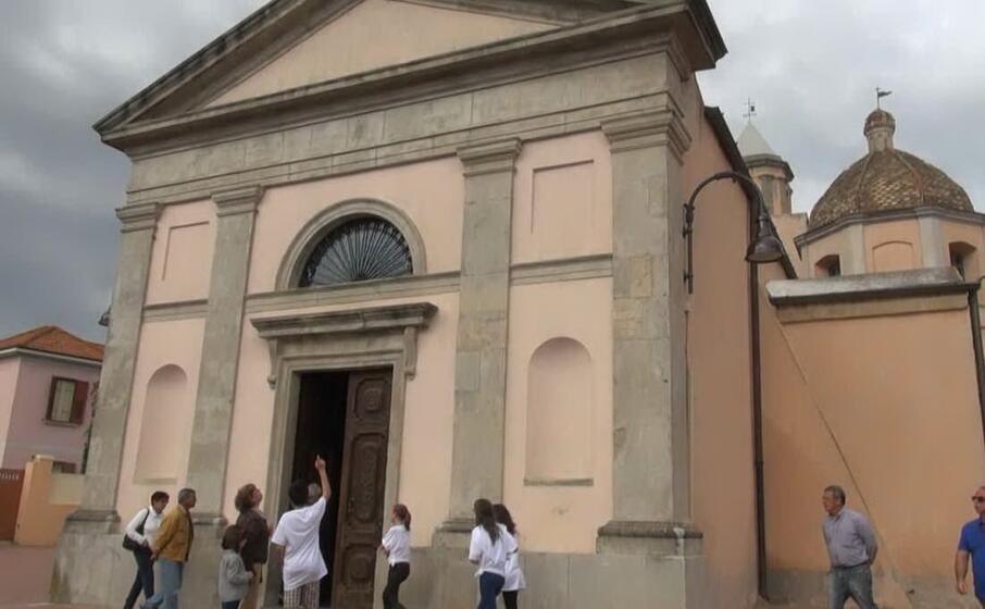 la chiesa parrocchiale del santissimo salvatore (foto sibilla loi)