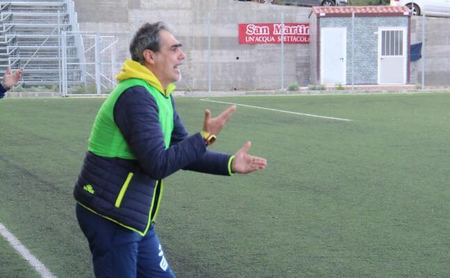 marco piras allenatore dell arbus (foto l unione sarda andrea serreli)