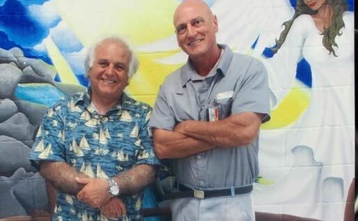 Roberto Fodde (a sinistra) e Chico Forti (foto inviata dall'intervistato)