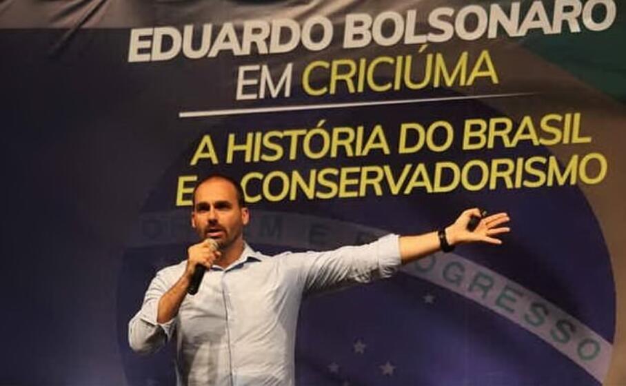 eduardo bolsonaro (foto facebook pagina ufficiale)