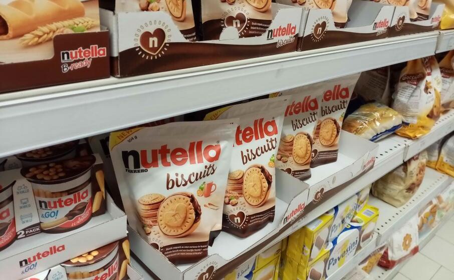 Renzi e i Nutella Biscuits, su Twitter: