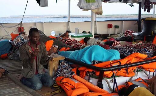 Un migrante sulla Open Arms (Ansa)