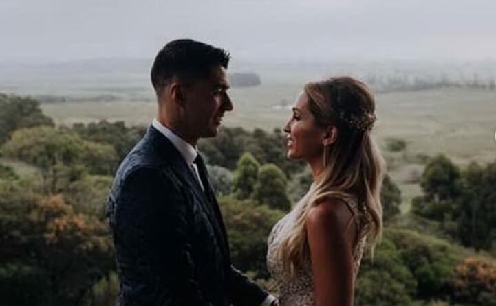 luis suarez ha festeggiato i dieci anni di matrimonio con sofia balbi in uruguay