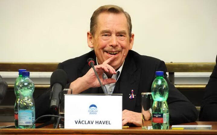 accaddeoggi 29 dicembre 1989 vaclav havel eletto presidente della cecoslovacchia