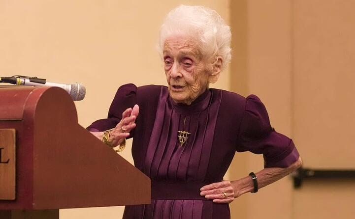 nel 2008 a 99 anni viene ancora invitata come relatrice in prestigiosi convegni internazionali