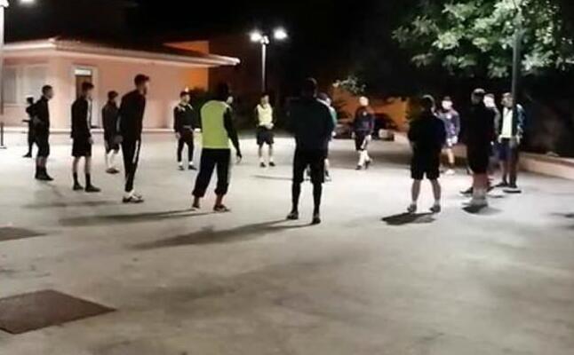 l allenamento del valledoria in piazza (frame da un video della societ )