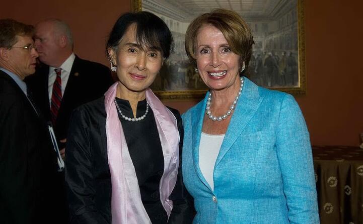 con la leader aung san suu kyi