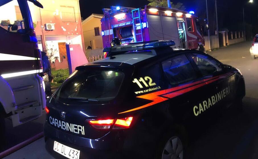 a uta i carabinieri hanno arrestato un uomo che ha incendiato due auto (foto carabinieri)